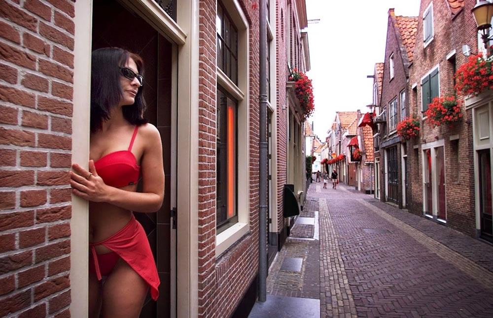 Проститутки голландия токио индивидуалки